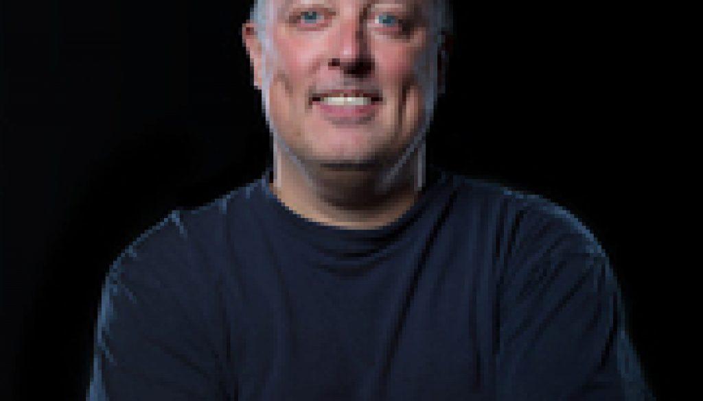 Gary Arndt Hangs With Polar Bears In Canada