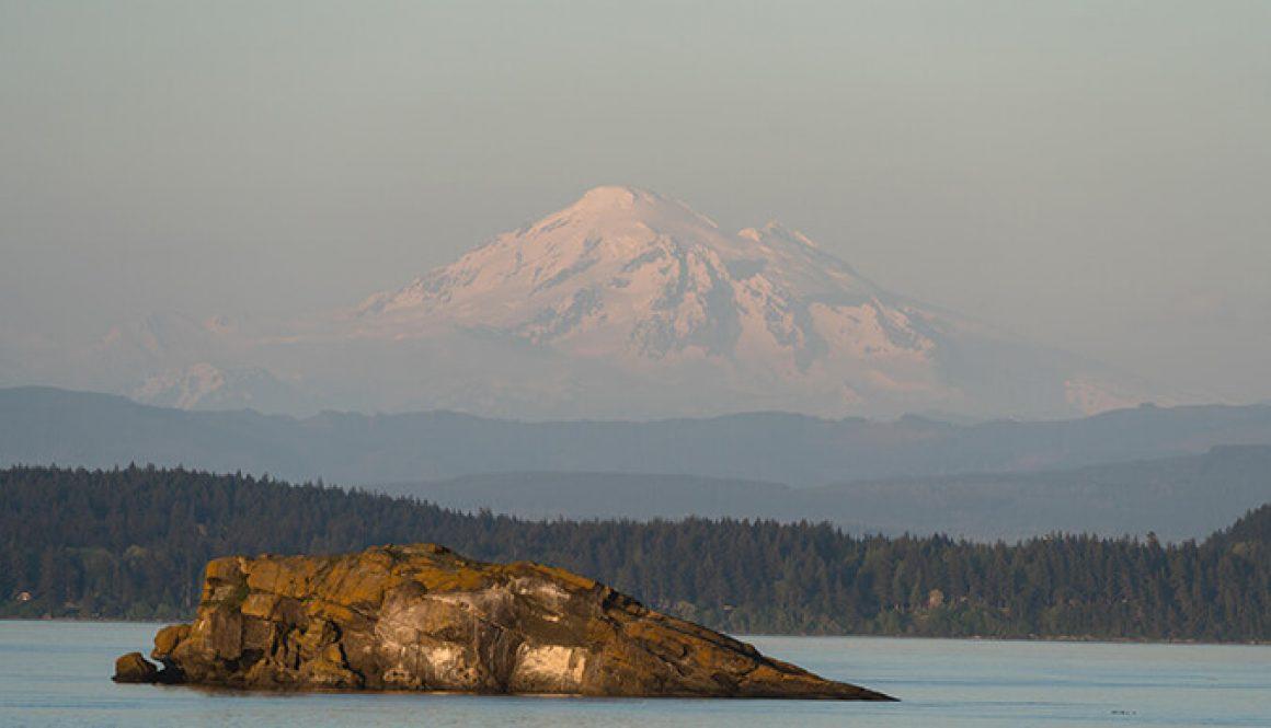 Mount-Baker-at-sunset