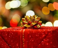 A Holiday Gift Guide for the Expat